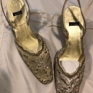 Beautiful gold scallop lace heels
